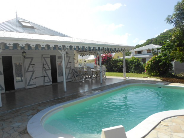 Villa villa sable sud sainte anne martinique bord de mer for Location hotel pas cher