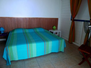 Location Appartement Guadeloupe - chambre grand lit