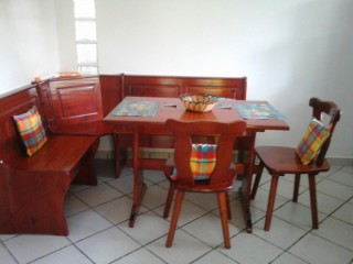 Location Appartement Guadeloupe - la table de la cuisine