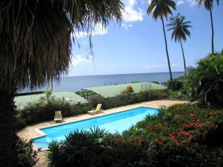 Location Appartement Guadeloupe - Piscine et vue mer