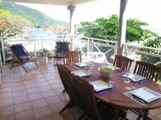 Location Appartement Guadeloupe : vue mer, piscine, climatisation, internet
