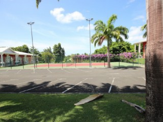 Location Studio Guadeloupe - Le tennis