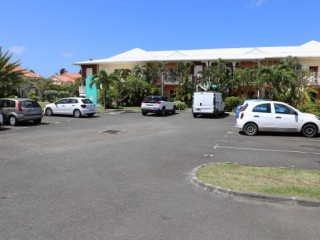 Location Appartement Guadeloupe - PARKING DEVANT LE T2 IDEAL