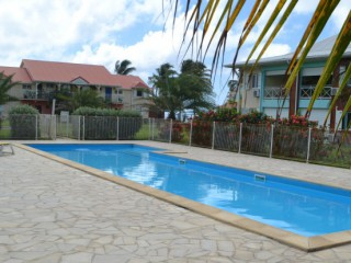 Location Appartement Guadeloupe - Piscine au pied de l'appartement