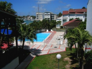 Location Appartement Guadeloupe - vue piscine