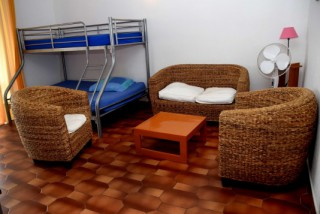 Location Appartement Guadeloupe - salon + lit