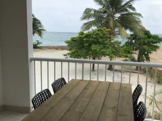 Location Appartement Guadeloupe - terrasse avec table repas