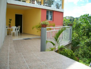 Location Appartement Martinique - Terrasse & Entrée