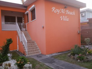 Roy'al beach villa
