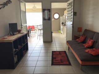 Location vacances Appartement Sainte-Luce: Martinique - Lagon -Salon tv canapé-lit ...<br />