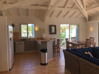 Location vacances Appartement Orient-Baie: CUISINE EQUIPEE ...<br />
