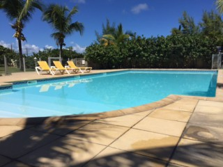 Location Appartement Saint-Martin - la grande piscine en bord de plage