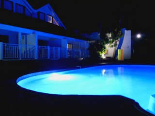 Location Bungalow Saint-Martin - La résidence by night