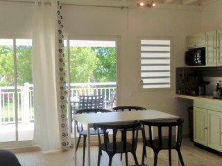 Location Appartement Saint-Martin : climatisation, internet