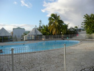 Location Appartement standing Guadeloupe - piscine du studio  3 piscines