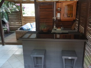 Location vacances Bungalow Gosier: Bar sous le carbet ...<br />