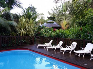 Location Bungalow Guadeloupe : piscine, internet