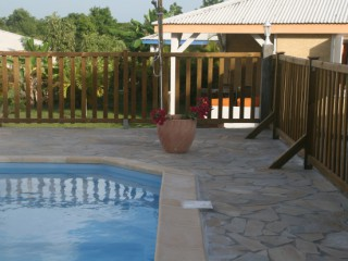 Location Bungalow Guadeloupe - piscine commune aux 4 bungalows