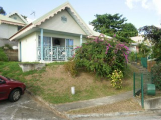 Location Bungalow Martinique : vue mer, piscine, clim