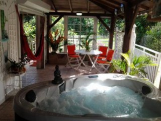 Location Gîte Martinique : piscine, clim, internet, jaccuzzi