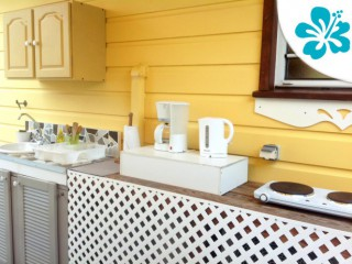 Location vacances Gîte Sainte-Luce: kitchenette ...<br />