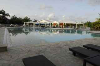 Location Appartement Guadeloupe - piscine restaurant
