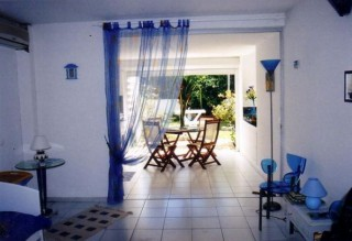 Location Appartement Guadeloupe : vue mer, piscine, clim