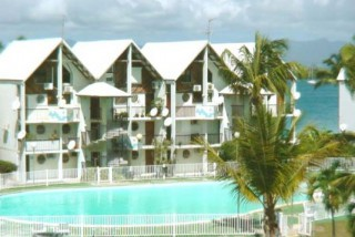 Location G�te Guadeloupe: piscine, climatisation, animaux, connexion internet
