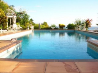 Location vacances Villa prestige Diamant: La piscine de l'Hacienda ...<br />