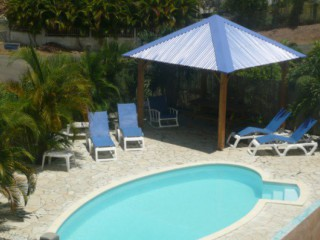 Location Studio Guadeloupe : piscine, climatisation, internet