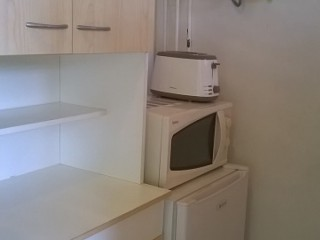 Location vacances Studio Sainte-Anne: La kitchenette 2 ...<br />