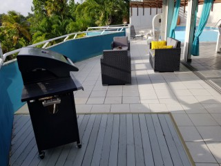 Location vacances Villa Gosier: Barbecue ...<br />