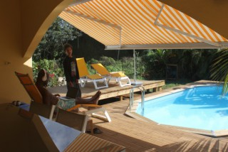 Location Villa Guadeloupe : piscine, climatisation, animaux, internet