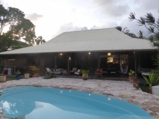 Location Villa Guadeloupe : piscine, internet