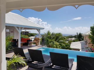 Villa blanche : Diamant Martinique