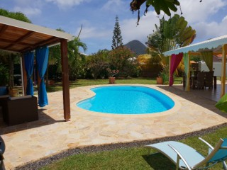 Location vacances Villa Diamant: PISCINE ...<br />