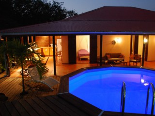 Location Villa prestige Guadeloupe : piscine, internet